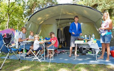 france rhone alpes haute savoie excenevex camping campeole la pinede